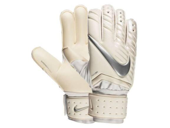 Nike Spyne Pro